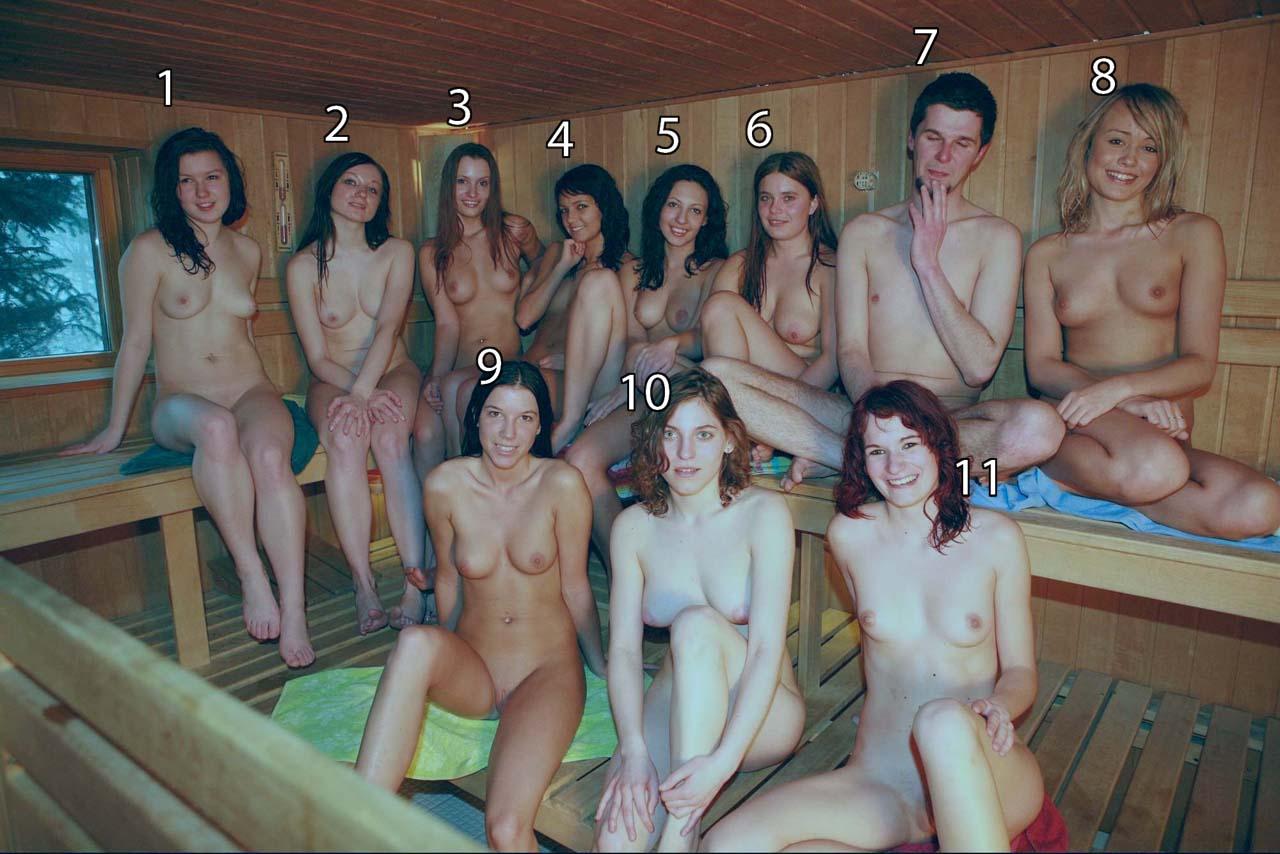 Много девок и один парень в сауне