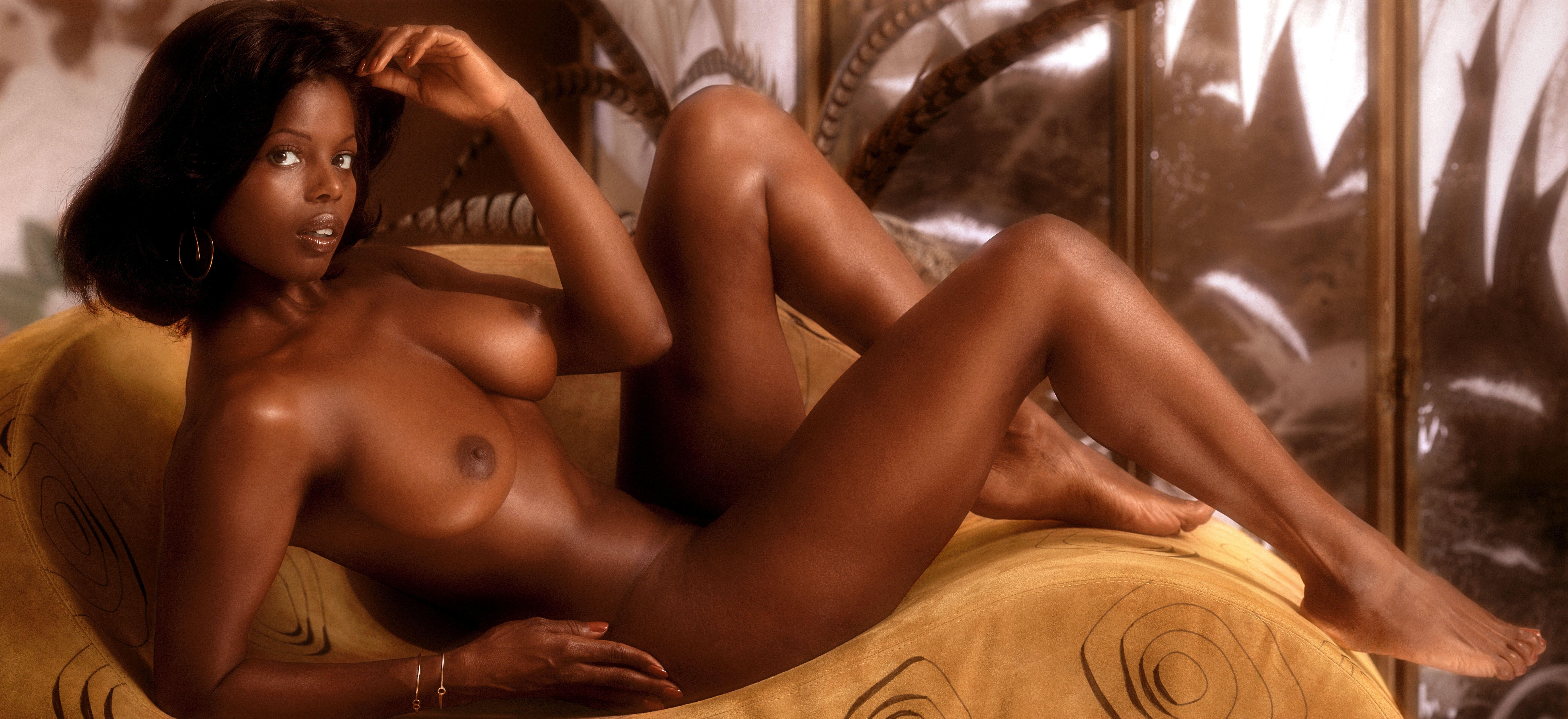 Черные женщины голые фото
