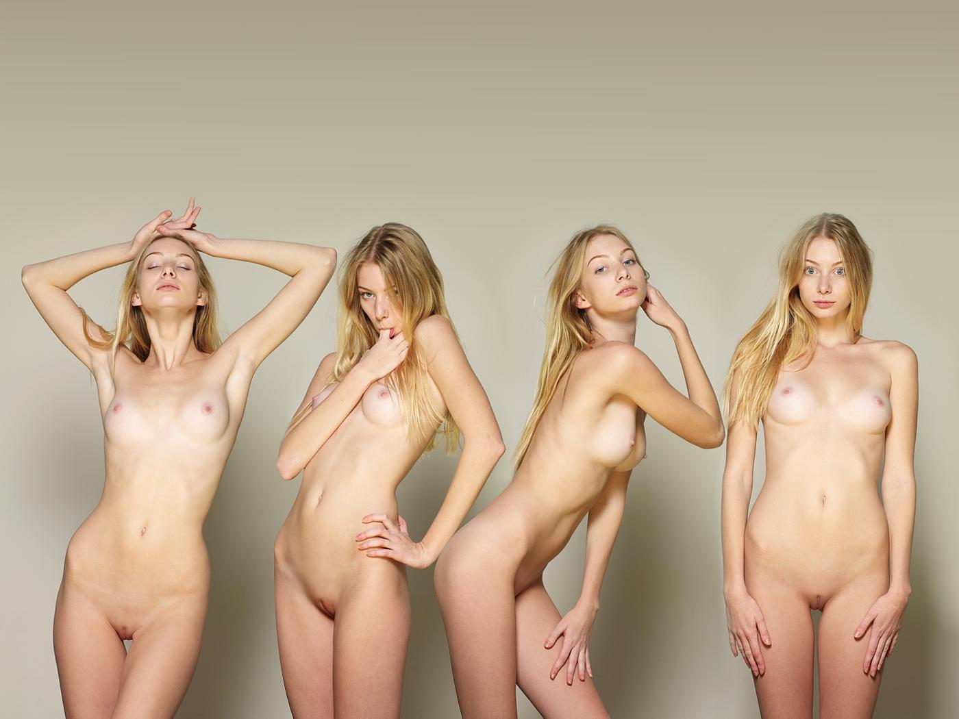 Позирование голых девушек