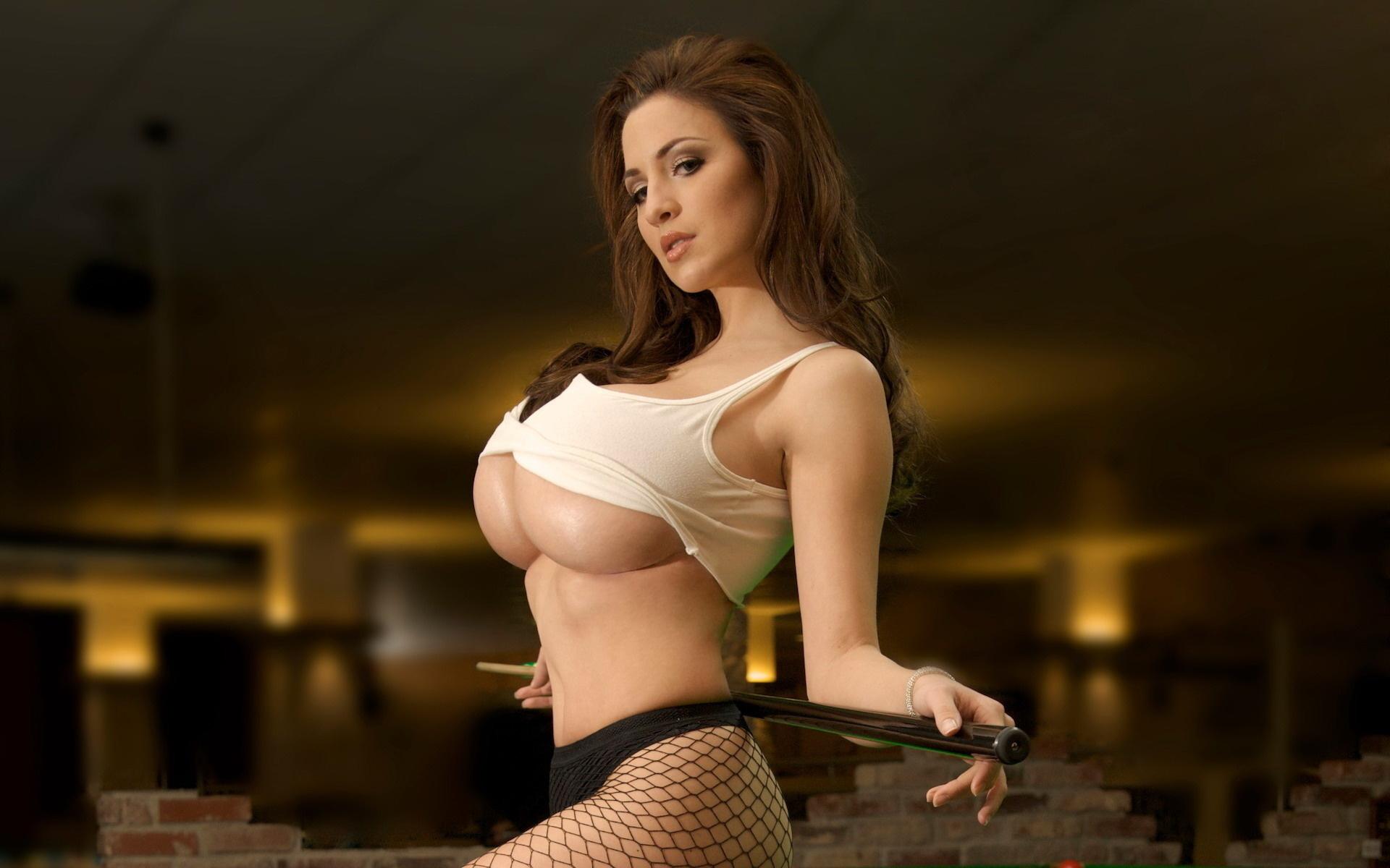 Сексуальная грудь